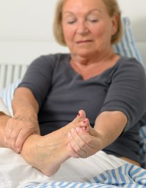 10 Tips to Tackle Rheumatoid Arthritis Joint Pain